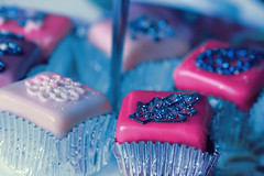 And all the Glitter ... (Jadore Allure) Tags: uk london glitter cupcakes yummy delicious selfridges cupie allure jadore aplusphoto