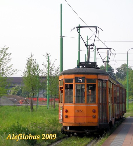 Milano: tram Ventotto n°1852 al Parco Nord - Tramway in Milan :-)