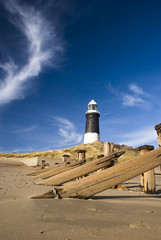 Spurn Head Lighthouse (darryljameshunt) Tags: beach nikon yorkshire spurnhead d80 englandengland nikond80