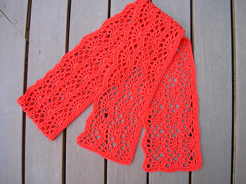 Red Crocus Scarf - finished