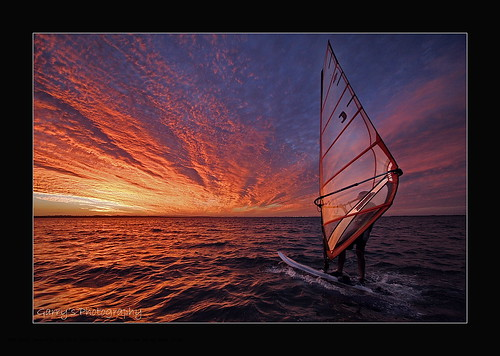 10 Knots - by Garry Schlatter