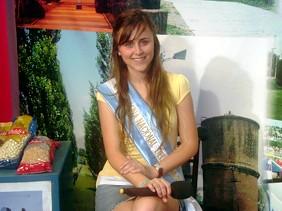 Evelyn Boheler 52º Reina Nacional del Maní