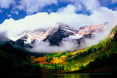 Maroon Bells (Keith Ladzinski) Tags: autumn film 35mm landscape nikon colorado fallcolor scenic aspen maroonbells maroonlake mountainranges maroonbellswilderness
