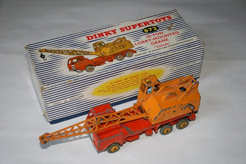 Dinky Supertoys 972 - 20-ton Lorry-mounted Crane (1)