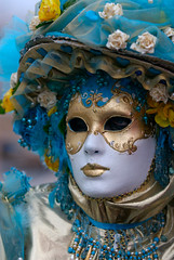 Maschera Carnevale di Venezia 2008 (PJ Franz) Tags: carnival venice party italy colour sexy beautiful beauty smile photography amazing nikon italia mask award venetian d200 lovely capture 2008 carnevale venezia francesco maschera violaine treviso fotografo smarco pillan colourartaward espressionidellanima pjfranz