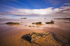 North Berwick Beach (Corica) Tags: uk longexposure greatbritain sea clouds landscape scotland britain sigma northberwick lothian firthofforth bassrock craigleith corica canon400d aplusphoto 1020rockseast