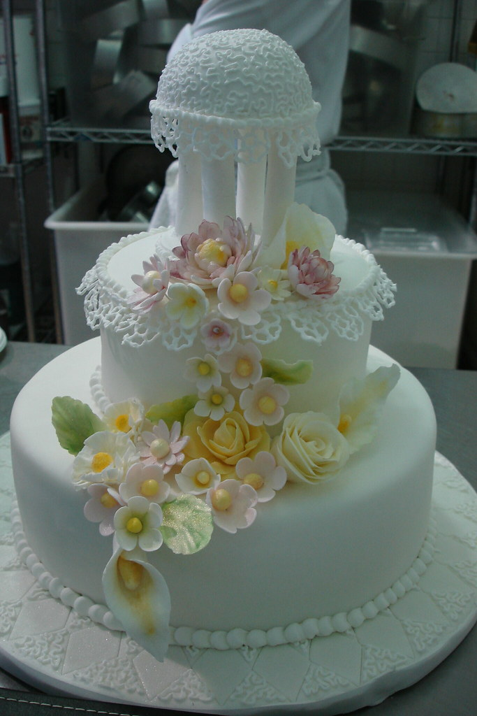 Cake Decorating 021