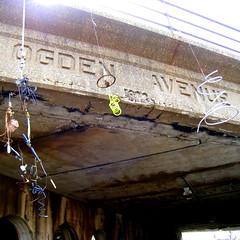 Ogden Avenue 08 (Josh Koonce) Tags: sculpture streetart chicago public mobile junk cement viaduct surprise foundart aroundtown urbansculpture junkart ogdenavenue chicagoart stopandlook chicagoartists