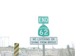 End CA-62 East - Arizona Border (sagebrushgis) Tags: california bridge sign coloradoriver shield stateline earp ca62 californiastatehighway
