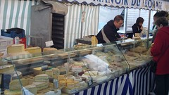 Fromage at farmers market