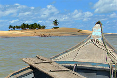Feliz 2008! (charlotte spode) Tags: nature brasil clouds boats places riosofrancisco sergipe cabeo sonyh2