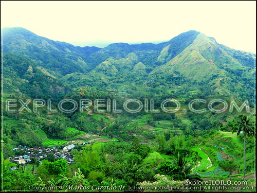Sitio Camandag surrounded by rice terraces at the foot of Mr. Agua Colognia