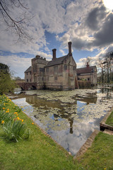 Baddesley Clinton (Nala Rewop) Tags: gardens nt historic loveit moat nationaltrust baddesleyclinton platinumheartaward excapture peachofashot