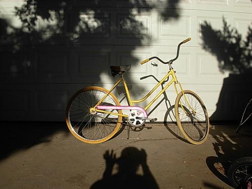 yellow double eccentric bike