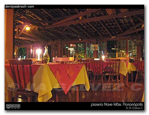 pizzería Nave Mãe, Florianópolis