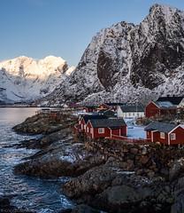 Classic Viewpoint (katrin glaesmann) Tags: lofoten norwegen norway 2016 wwwicelandtoursnet hamnøy moskenes nordland mountain snow winter