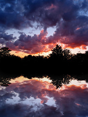 One soul (Gary*) Tags: sunset sky water clouds reflections bravo silhouettes stillness magicdonkey lovephotography aplusphoto megashot thegoldenmermaid