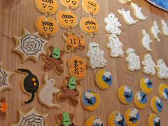 halloween cookies (nikkicookiebaker) Tags: halloween cookies decorated