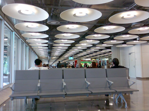 Terminal T4 esperando para embarcar