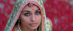Rani (Indari) Tags: red woman cinema green girl beautiful movie eyes indian traditional piercing bollywood rani tikka mukherjee bindi kajal paheli mukerji mukherji dulhania