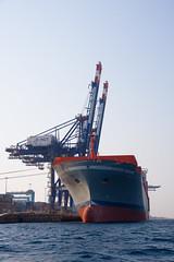 Maersk Dubrovnik (Dani3D) Tags: sea docks dock barco ship redsea jordan aqaba jordania muelles marrojo viajesiriayjordania2007