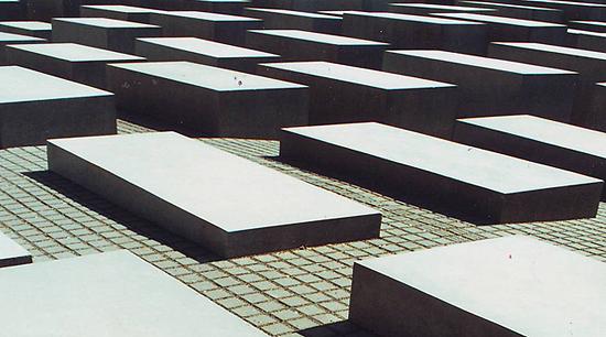 :: Holocaust Memorial 2 ::