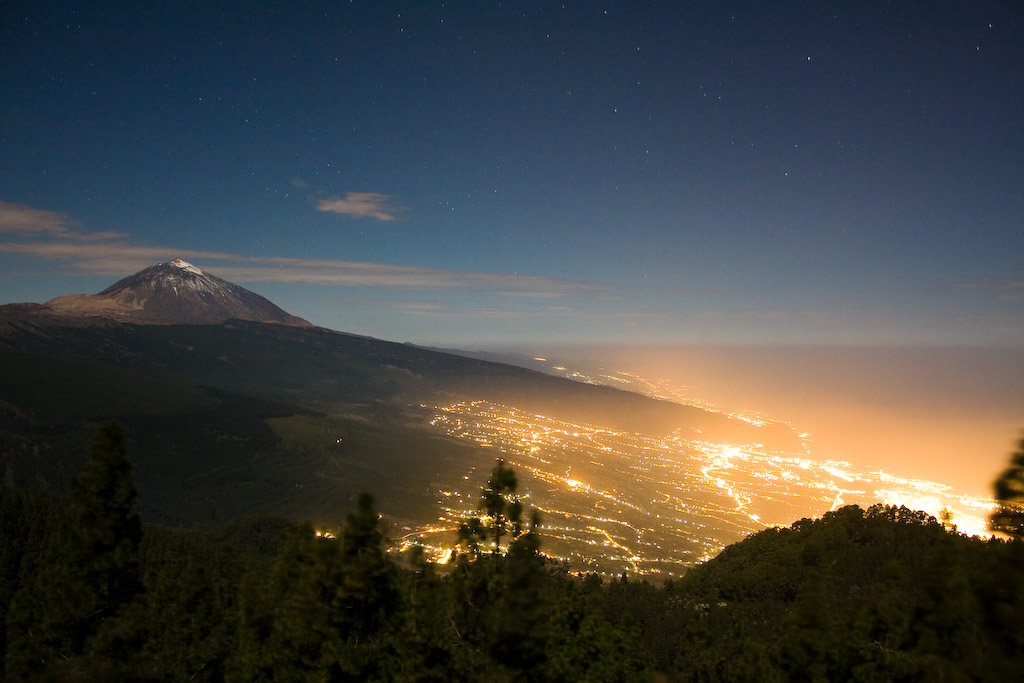 Photo des Canaries n°2. Tenerife illume la nuit