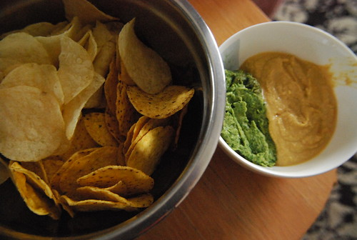 Birthday chips and dip