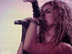 Shakira (Ricky Esteves) Tags: recital alas