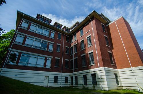 Centre Lawn Building