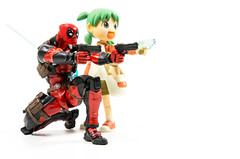 Ultimate team up (AwesomeTyrell) Tags: deadpool revoltech yotsuba