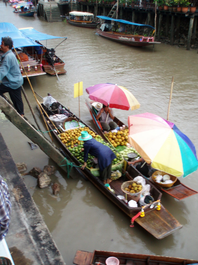 125 Amphawa Floating Market