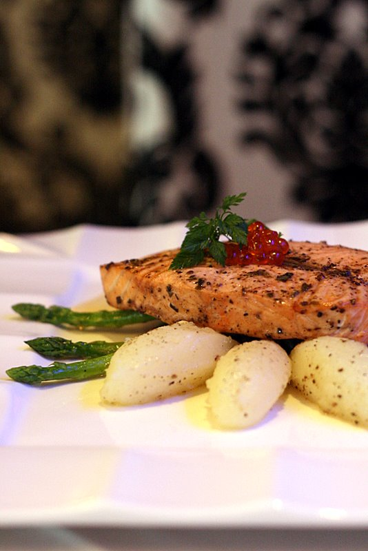 Panfried salmon fillet