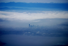 Seattle (HawkeyePilot (limited Flickr time)) Tags: seattle delta b757 blueribbonwinner flickrsbest abigfave anawesomeshot impressedbeauty dsc2779 superbmasterpiece diamondclassphotographer excellentphotographerawards