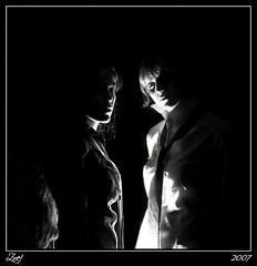 Nocturnidad... (z-nub) Tags: light portrait people blackandwhite bw woman moon black blancoynegro luz digital zoe mujer eyes pentax retrato negro longhair bodylanguage luna bn personas ojos oo miradas znub pentaxk100d zoelv efti formatocuadrado chercherlafemme favsegnvosotros bnysimilares cuadradita moonnube bnysmilares somoschicasseriasmuseriasysobrias personasquenosondelacalle zoelpez cuadradosverticales sinacento