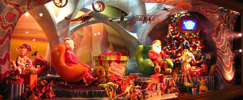 macy's window: christmas part deux by educatedmonkey.