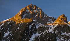 Pea Ubia al amanecer (jtsoft) Tags: mountains landscape asturias olympus lena alpenglow e510 ubia zd50200mm jtsoftorg