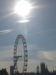 The London Eye in winter sunlight (Joanne Murphy) Tags: winter london thames londoneye hungerfordbridge waterloobridge mywalktowork