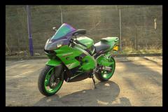 06 (terribleturner) Tags: bike motorbike motorcycle kawasaki zx9r zx9 zx900