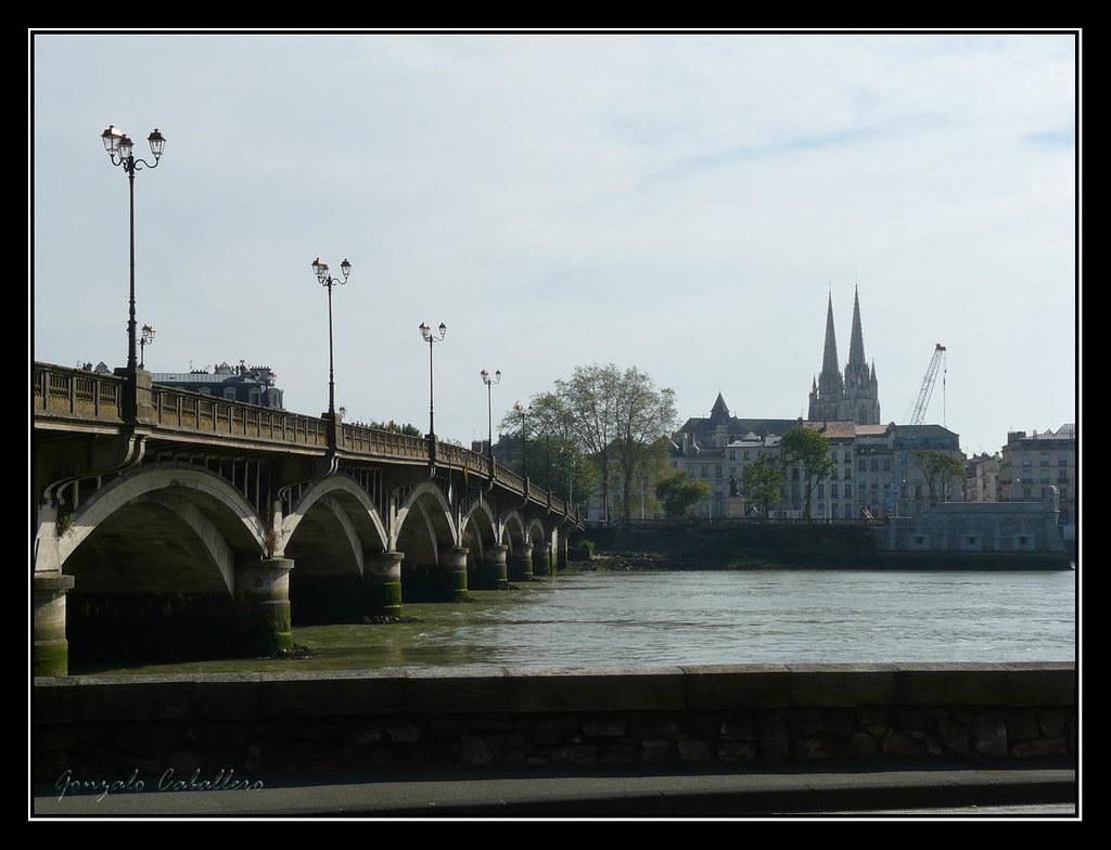 Bayona. Catedral y Pont St. Espirit
