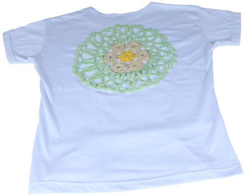 Camiseta com Aplicação em Crochê by PARANOARTE