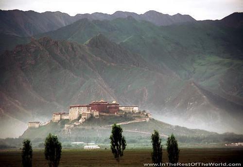 1648998328 43ad8a0047 Potala Palace   Tibet