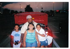 MELVIN AND KIDS (wendy.jimenez) Tags: pics wendys