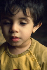 7-soon (a7med_84) Tags: baby yellow photo kid nikon    hussain       7soon  hasoon 7sen
