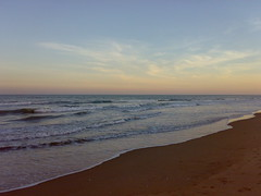 Dusk (The Last Paladin) Tags: beach creativecommons bayofbengal nellore beachesofindia bestofmine mypadu