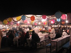 Jama'a el-Fnaa, Marrakech (Indie) Tags: food square stand morocco marocco marrakech piazza ristorante cibo bancarella restaturant jama'aelfnaa