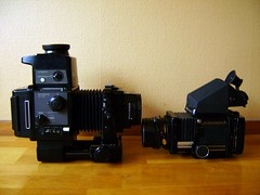 CAMERA WARS - GX680 is the boss, RB67 looks small next to it (Fredrik Lundn) Tags: slr mamiya mediumformat fuji gear collection bellows cameraporn rb67 mamiyarb67 cameraholic fujigx680 gx680 cameramaniac