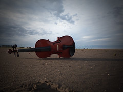 I LOVE MUSIC (kchocachorro) Tags: landscape music violin