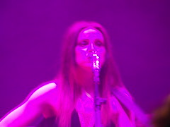 Amy Macdonald, Sheffield City Hall 2013 (Dave_Johnson) Tags: amymacdonald sheffieldcityhall sheffield cityhall concert gig live music livemusic musician singer songwriter guitar guitarist southyorkshire