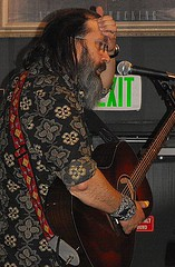 Steve Earle forehead